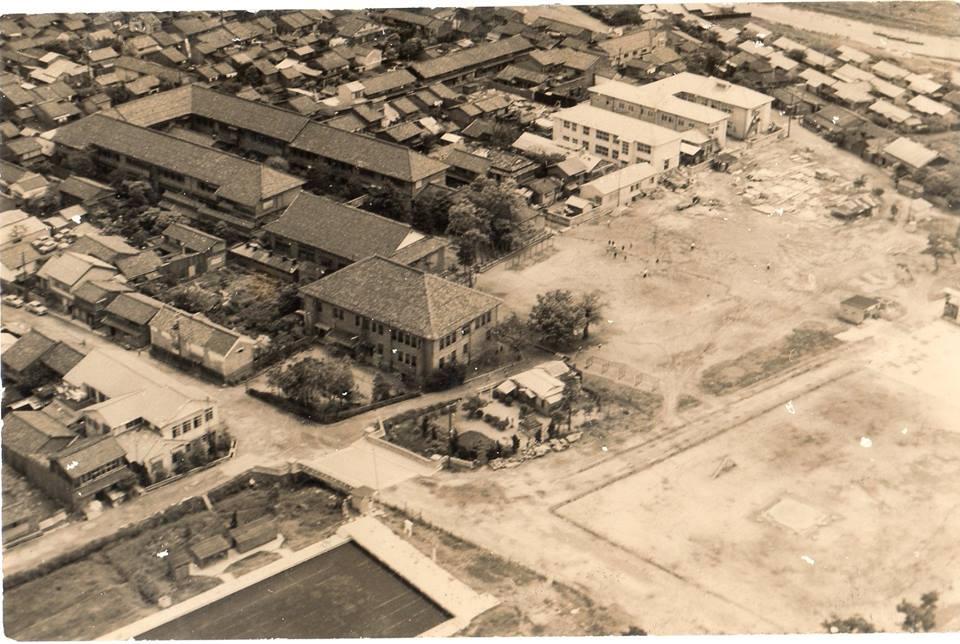 明治時代の白潟小学校